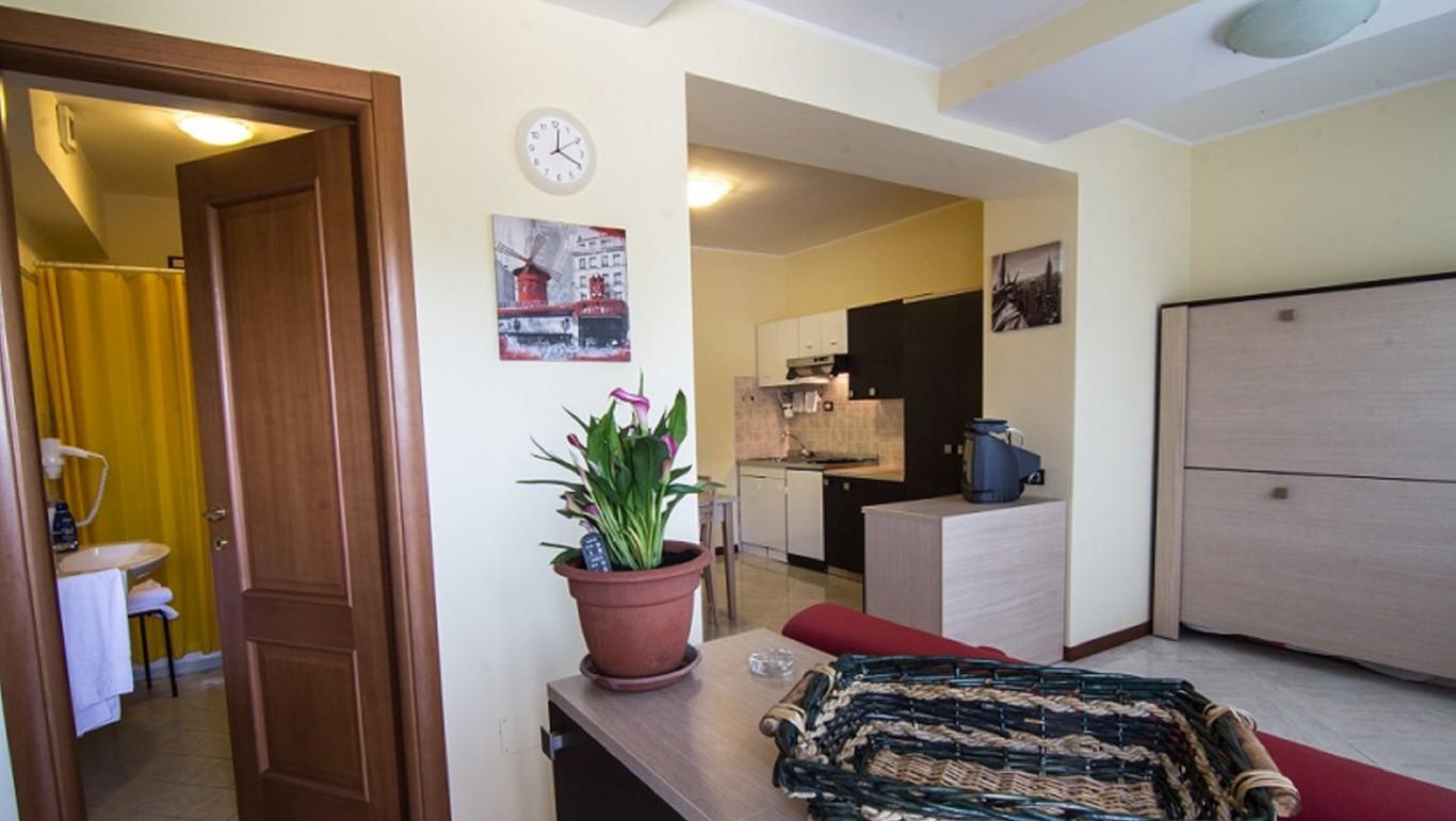 hotel-degli-amici-artena-appartamenti-1